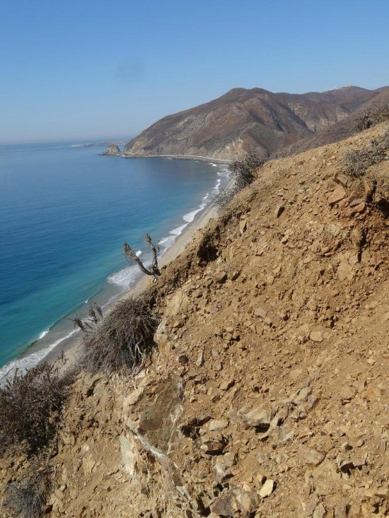 Abogados en Point Mugu, CA - La Liga Defensora - Ayuda Legal en CA